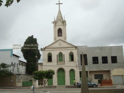 Igreja de Stª Luzia - Pça de Stª Luzia, s/nº - Bairro Stª Luzia - Penedo-AL