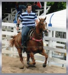Deputado Dudú Hollanda - do PSD, com seu cavalo Matuto.